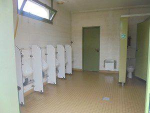 Toilettes garçons